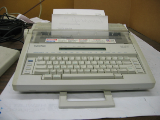 Brother AX-600 Word Processing Typewriter