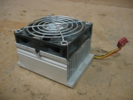 AAVID Aluminum Heatsink and Fan Intel Socket 478