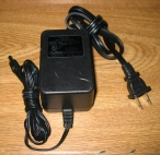 OEM AD-101ADT 10V 1A AC Adapter Power Supply