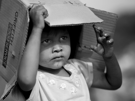 Raise awareness about Nicaraguan children living in landfill by Kickstarting photographer's project