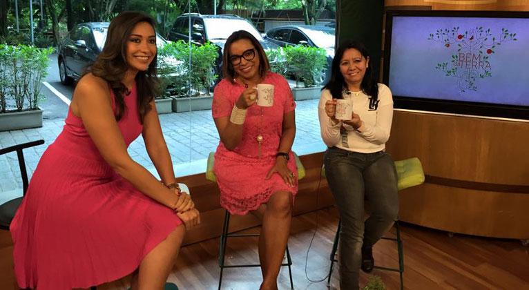 Professora conta como o Outubro Rosa a ajudou vencer o câncer de mama