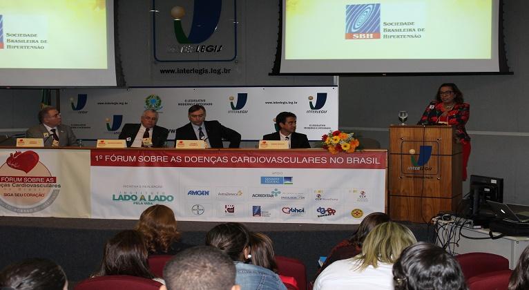 Lado a Lado realiza workshop em congresso no Panamá