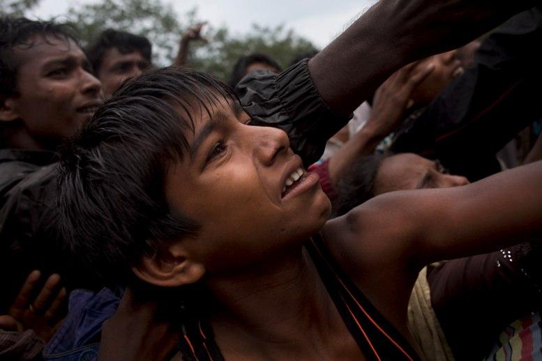 La ONU urge a Birmania a suspender acciones militares contra los rohinyás