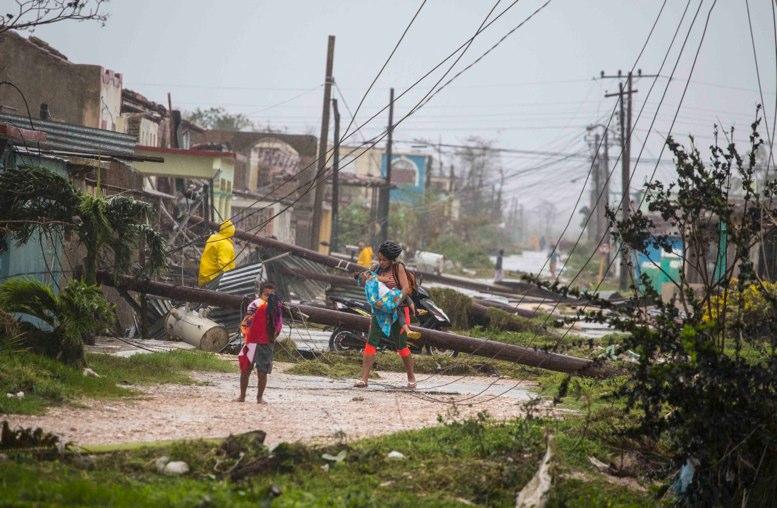 """""""Irma"""": Florida yCubapreparan reconstrucción de ciudades azotadas"""