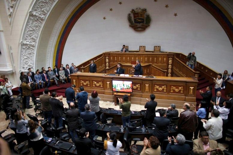 ONG de juristas cree que el Tribunal Supremo de Venezuela dio golpe de Estado