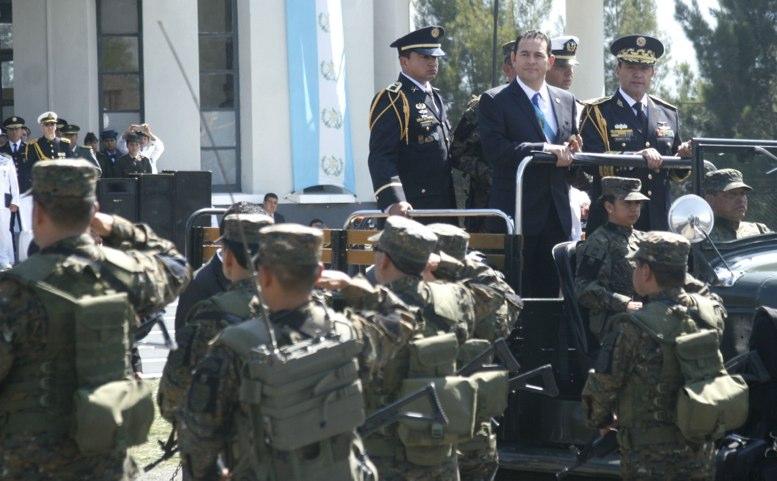 Ejército: no fueron Q50 mil a Morales, van Q400 mil