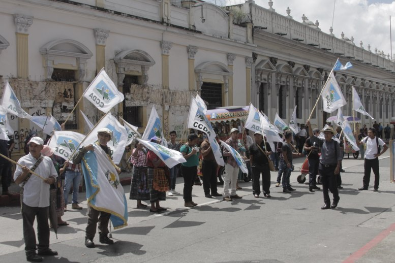 Marchan contra la corrupción