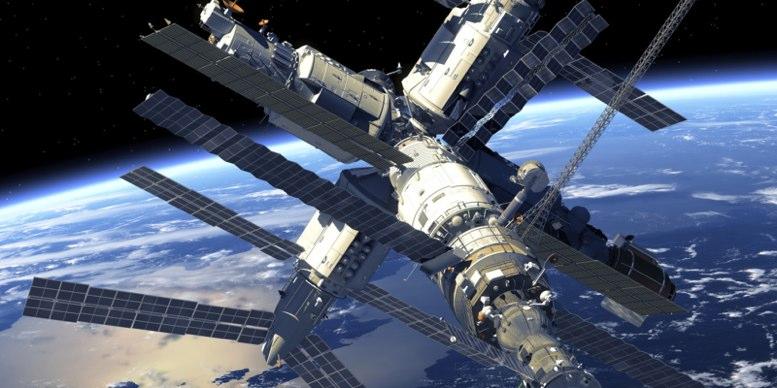 Cápsula rusa llega con éxito a la Estación Espacial Internacional