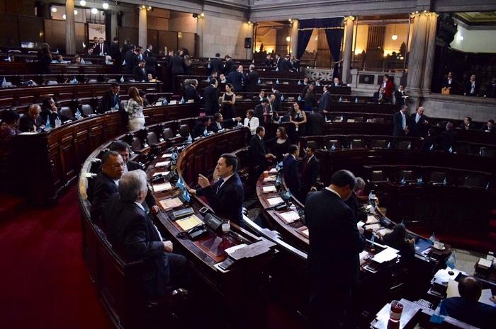 Diputados buscan beneficiar, sin condiciones, a sindicados confesos