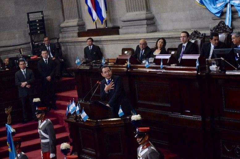 """Morales al Congreso: """"digno pleno"""", """"legislen"""", y  agradece que le hayan dejado el antejuicio"""