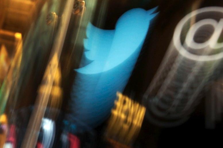 Twitter mantiene tuit agresivo de Trump por tener valor noticioso