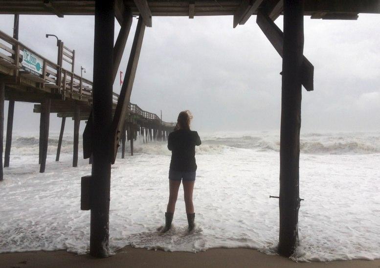 Tormenta tropical Lee se convierte en huracán de categoría 3