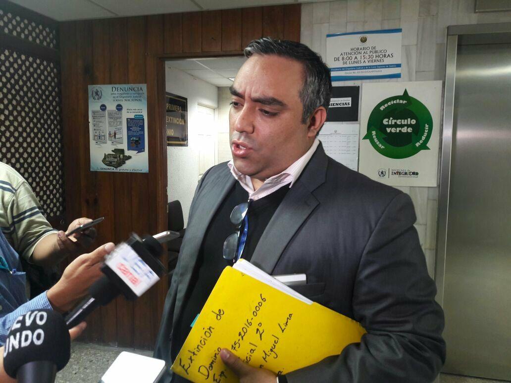 Fiscalía pide desaforar a expresidente guatemalteco Álvaro Arzú por corrupción