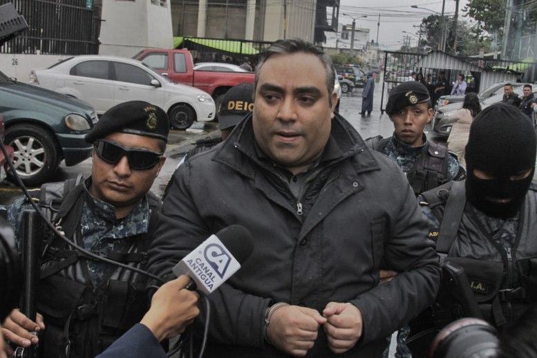 Solicitan antejuicio contra el alcalde Álvaro Arzú — Caso Pandora