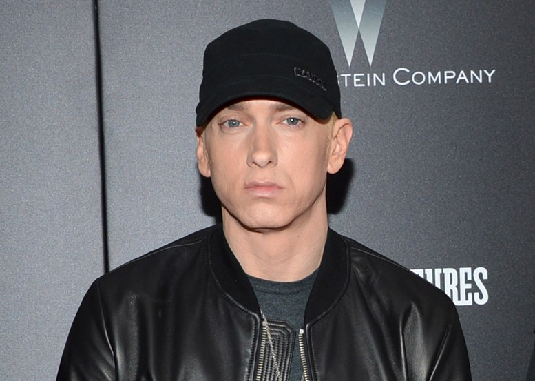Eminem califica de racista a Trump en un video