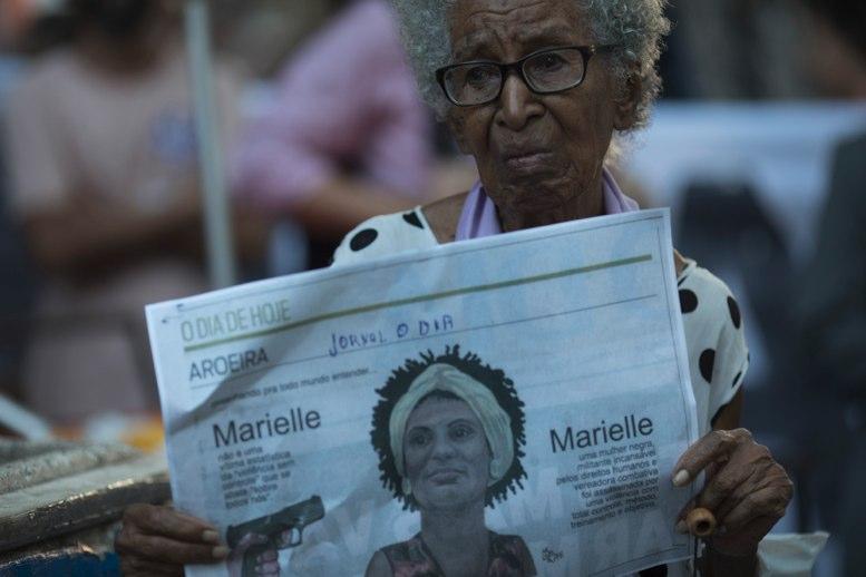 Sangrienta guerra entre narcos y policías en favela de Río