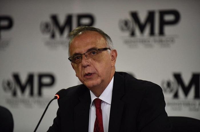 Guatemaltecos piden la renuncia del Mandatario