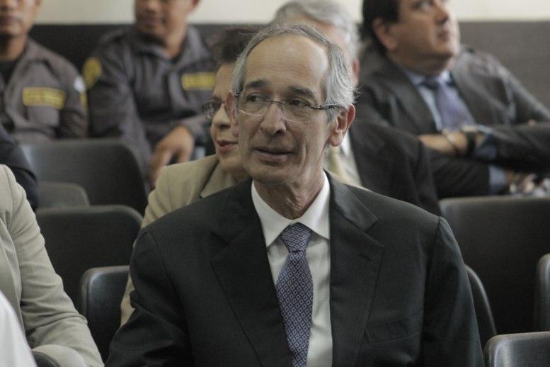 El expresidente guatemalteco Álvaro Colom podrá salir de prisión