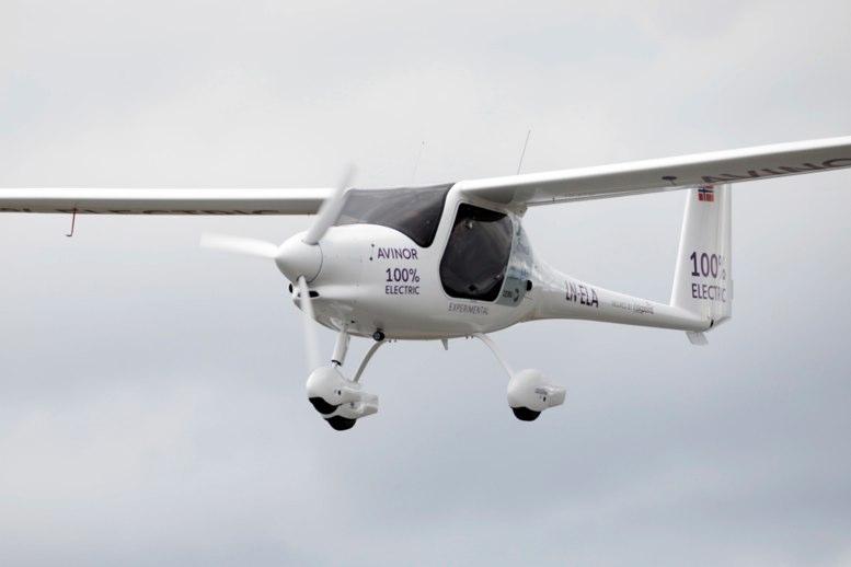 Vuela prototipo de un avión eléctrico