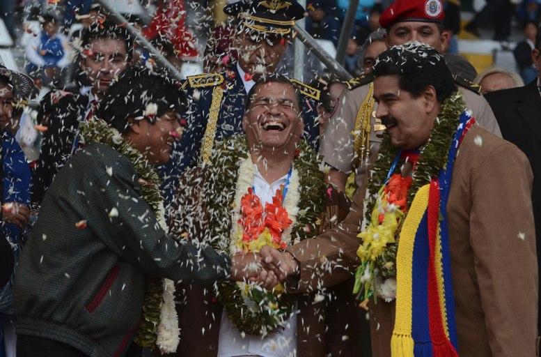 Caracas acusa a presidente ecuatoriano de ir contra su soberanía