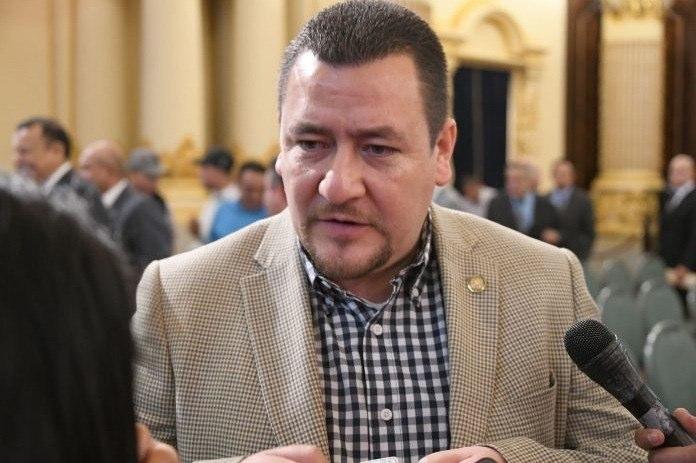 MP podría investigar a Jimmy Morales por supuestos abusos sexuales