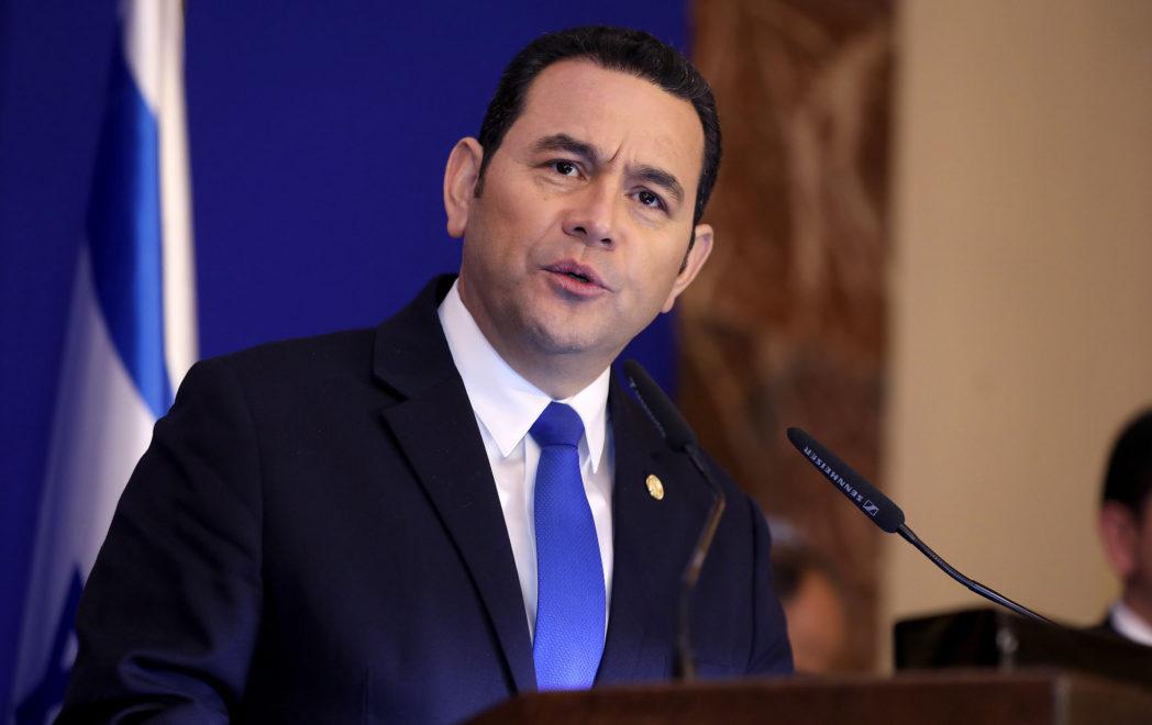 El desafuero de Jimmy Morales no es tarea fácil en Guatemala