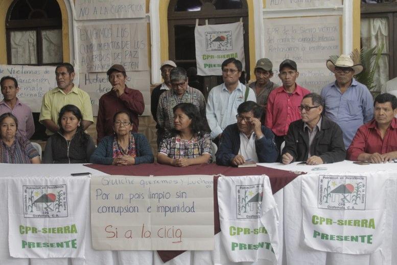 Presidente Morales en lucha con Suprema Corte de Guatemala