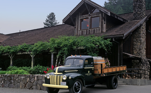 1947_Ford_Flatbed__welcomes_guests