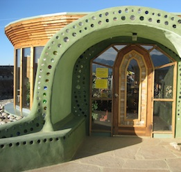 earthship_green