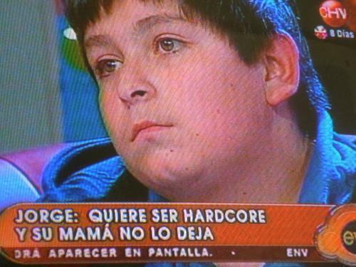 Mamá de Jorge cede y lo deja ser hardcore