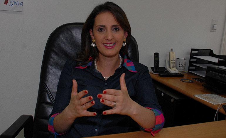 """Directora de Migración: """"El sistema no registró impedimento para que hijo de Barralaga entrara al país"""""""