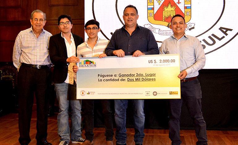"""""""Reto Smart City"""": Entregan premios a los ganadores del Hackathon"""