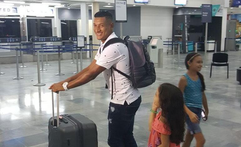 Bryan Acosta regresa a Honduras