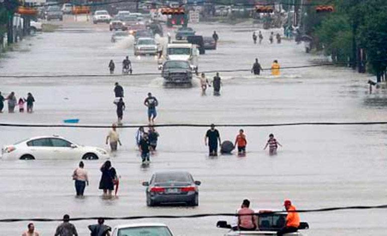 Tormenta Harvey toca tierra en Lusiana, aumenta la cifra de muertos