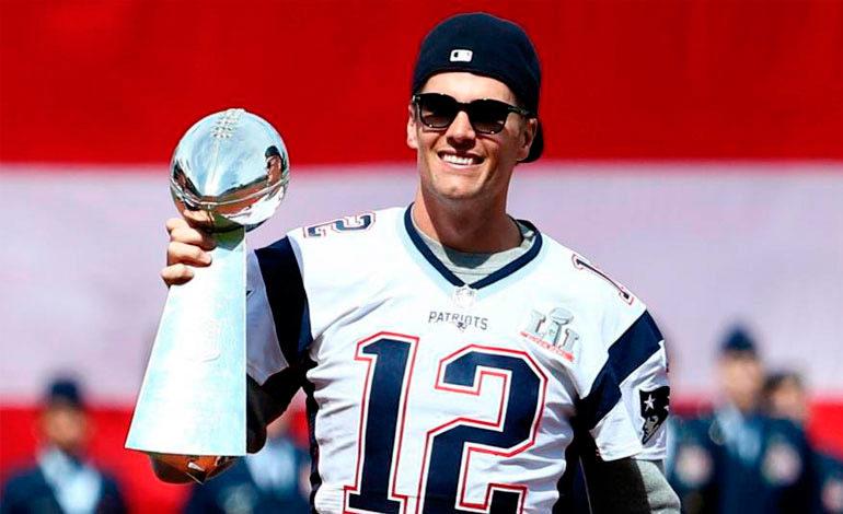 Tom Brady dice que Trump crea división