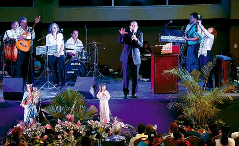 Jornada de milagros con padre José Eugenio Hoyos