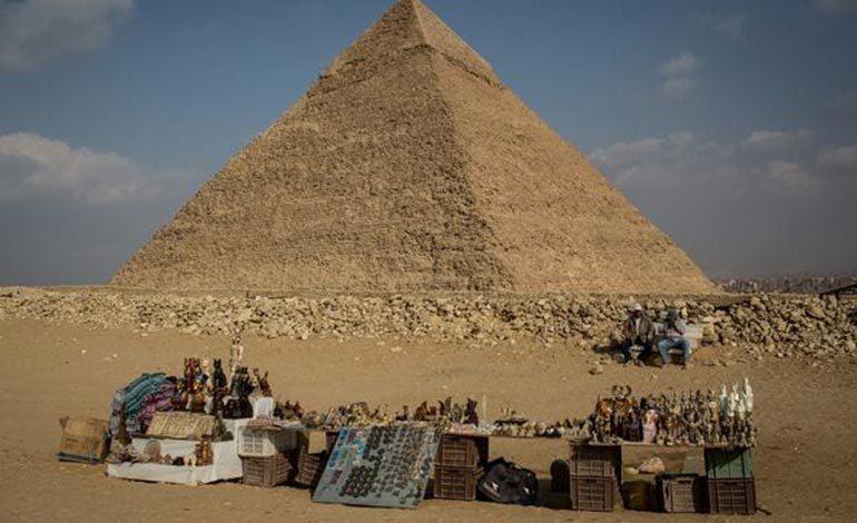 Develan el misterio de cómo movieron las enormes piedras para construir las piramides