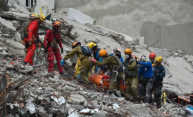 México aún lucha para rescatar sobrevivientes tras sismo