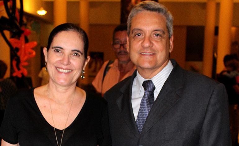 Marilia Bulhoes y Breno Costa.
