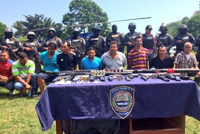 """Familiares del """"Negro Lobo"""" a juicio oral y público en Tegucigalpa"""