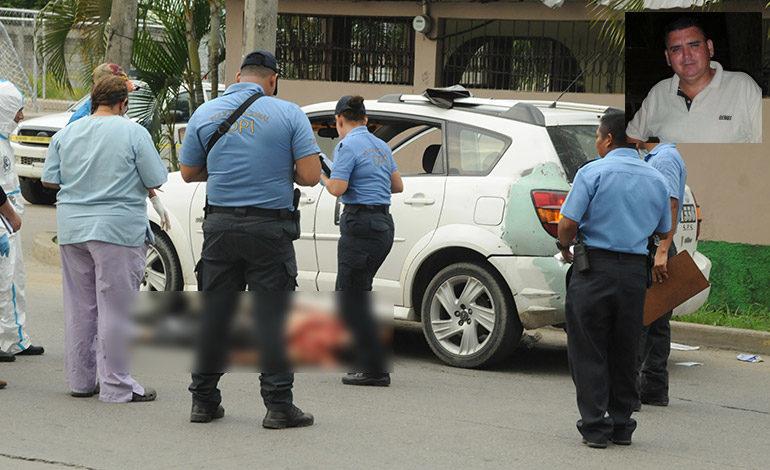 Pareja de sicarios mata a conductor de taxi