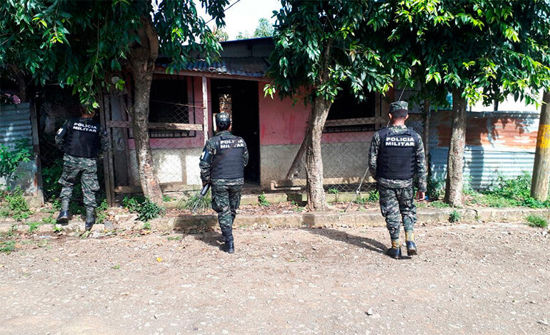 """Localizan una """"casa loca"""" durante operativos en Amarateca"""