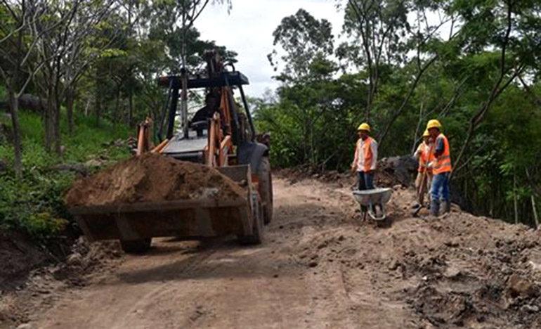 Más obras en parque Cerro Juana Laínez