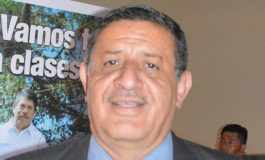 """Carlos Ernesto Molina Barahona: Maestro del año de El Paraíso, galardonado  por el gobierno con la orden """"Dionisio de Herrera"""""""