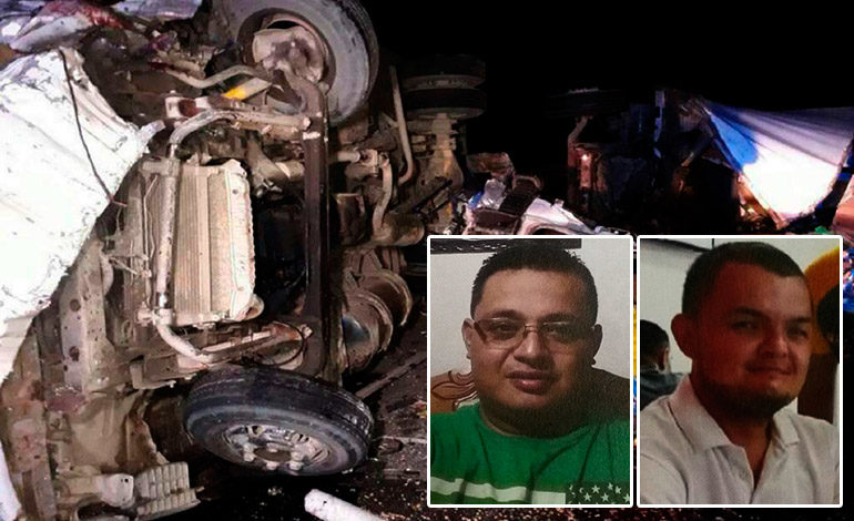 Tres muertos y dos heridos en choque de camiones