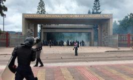 Encapuchados se toman la UNAH en Tegucigalpa, San Pedro Sula y Choluteca
