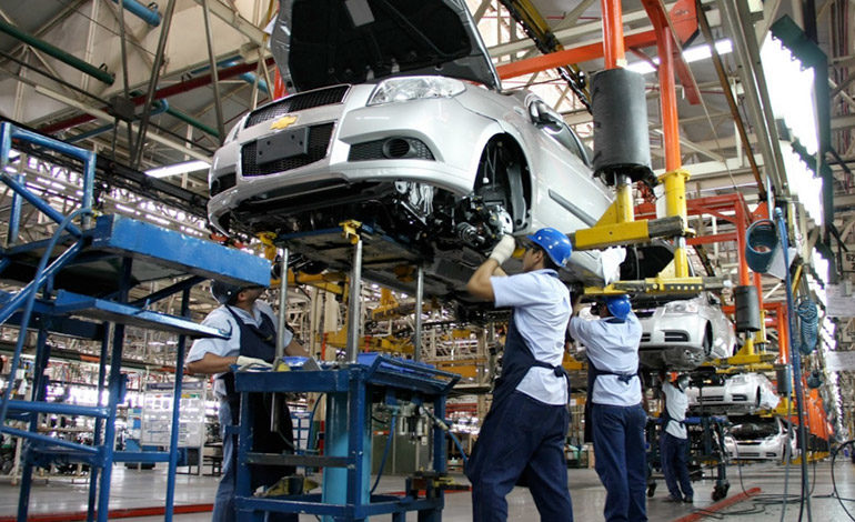 Industriales se proponen levantar ventas de arneses