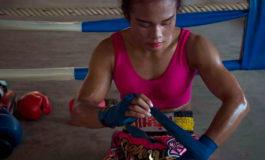 Nong Rose, la boxeadora transexual que desafiará a un campeón francés