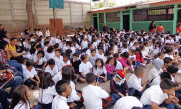 Educación descarta suspender  clases para prevenir la influenza