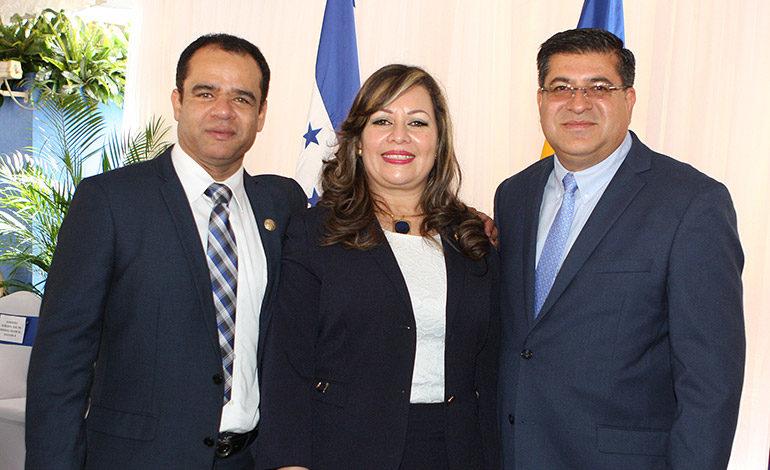 Jorge Zelaya, Martha García, Geovanny Dubón.